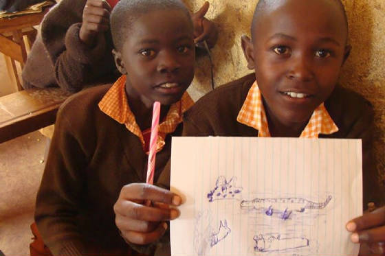 UririLightSchool Children with Drawing of Animals